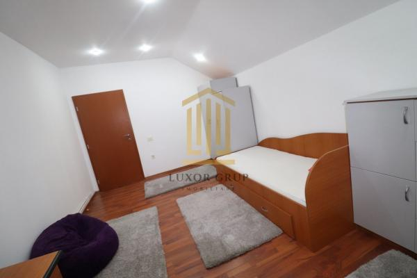 Apartament 3 camere  | Decomandat | Zona Strand