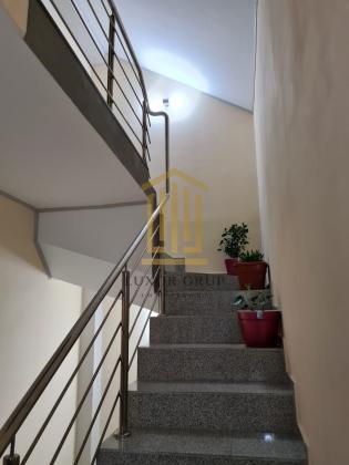 2 Case de vanzare + spatiu comercial | Zona Tiglari | 400 mp