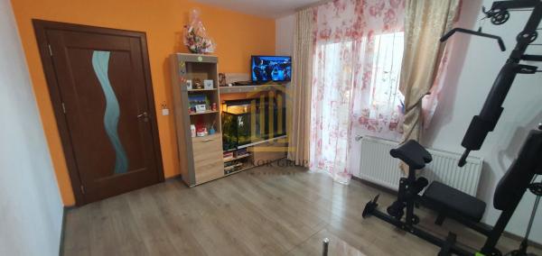 Apartament 2 camere | balcon | gradina proprie
