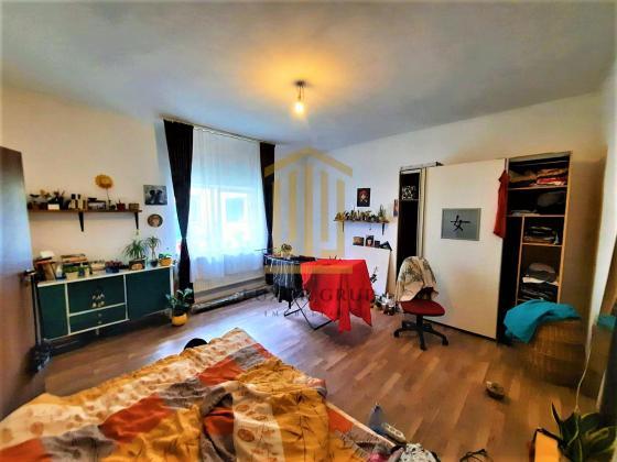 Apartament 2 camere decomandat | Zona Ultracentrala | Garaj acoperit
