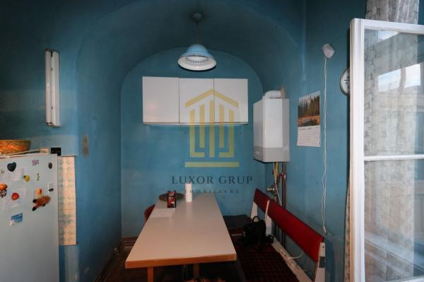 Apartament 4 camere | Zona Centrala | 140 mpu | Terasa | Pod generos