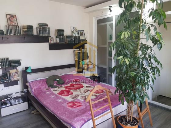 Apartament cu 3 camere | Curte | zona Ultracentrala