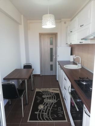 Apartament 2 camere 350 euro 5 minute pana la metrou Berceni
