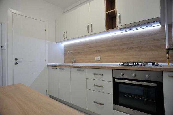 Garsoniera Plaza Residence 350 euro,8 minute pana la metrou Lujerului