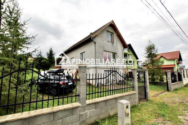 Casa 4 camere, 130 mp utili, 900 mp teren,  Livezeni