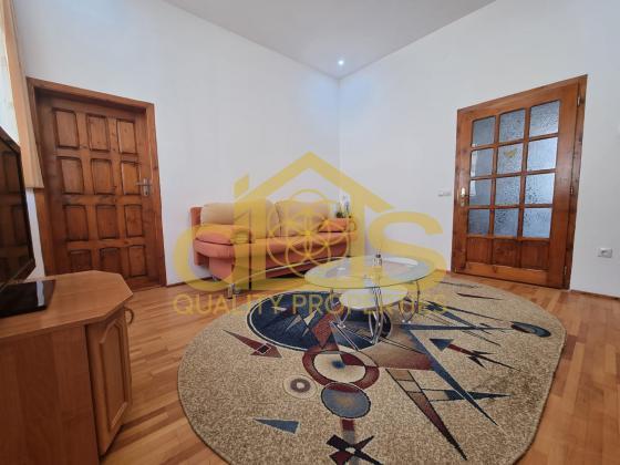 Apartament la casă | Central