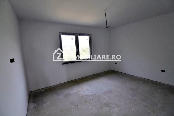 Casa 4 camere, 260 mp, 600mp teren, Sancraiu de Mures