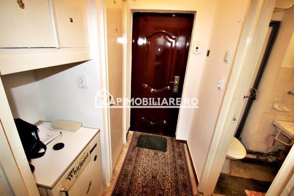 Apartament 1 camera, 28 mp, cartier Aleea Carpati