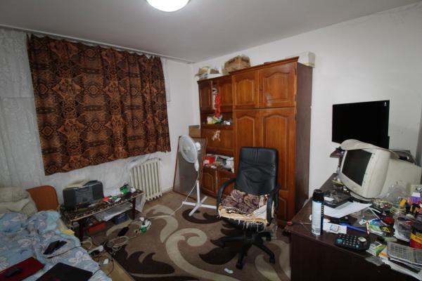 Apartament 3 camere, strada 1 Decembrie 1918