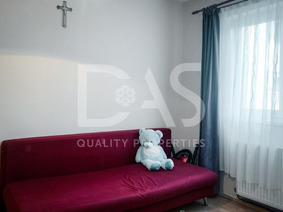 Apartament 3 camere   zona CIREŞICA